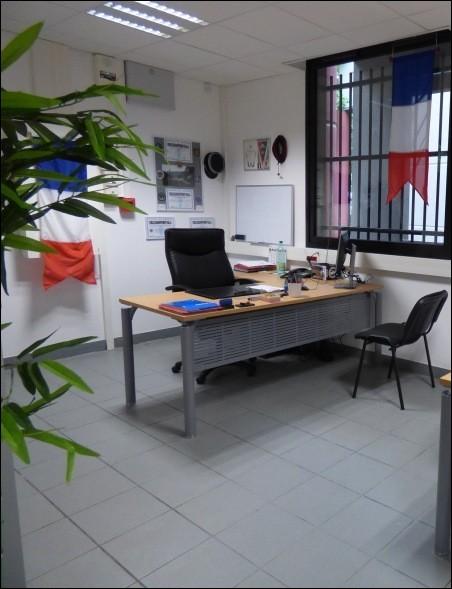 """Pour interroger une personne, les gendarmes """" OPJ """" de la brigade dispose de deux bureaux comme celui-ci. Que se cache-t-il derrière ce sigle ?"""
