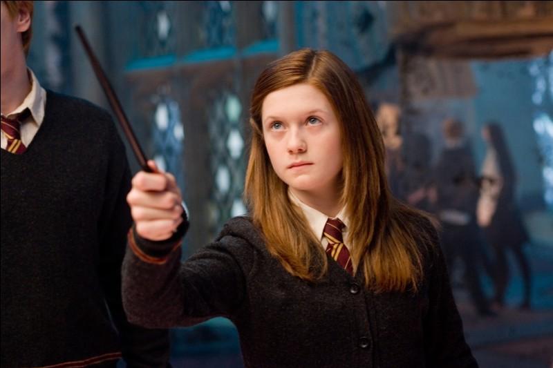 Avec qui Ginny est-elle sortie la première fois ?