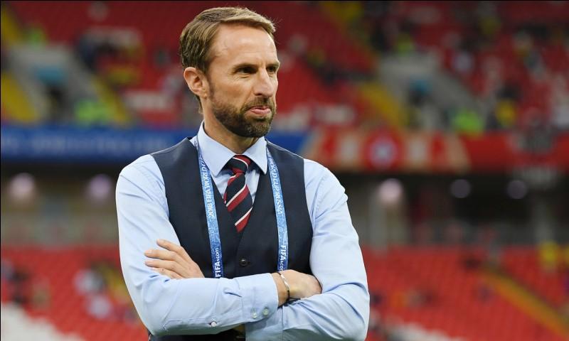 De quelle équipe cette personne fut-elle l'entraîneur lors de la Coupe du Monde ?