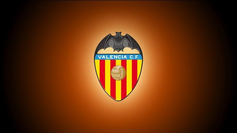 Dans quel stade évolue le club de Valence ?
