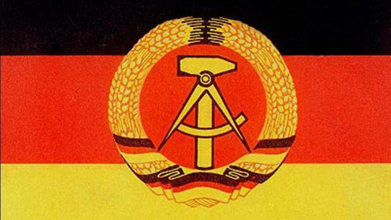 Comment se nommait la police politique en RDA ?
