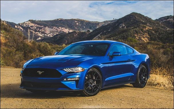 Quel est le modèle de cette Ford ?