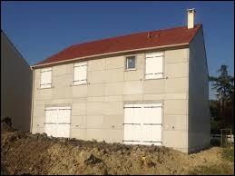 Il est aussi conseillé de garder fenêtres et volets fermés aux heures les plus chaudes de la journée.