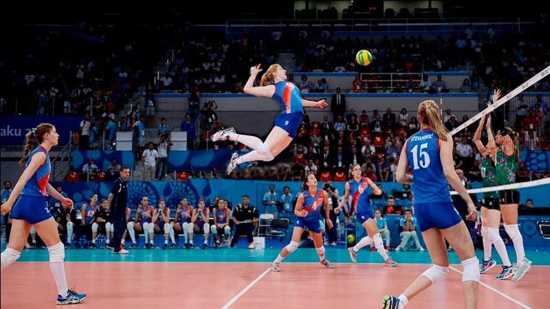 En combien de points se gagne un set au volley-ball ?