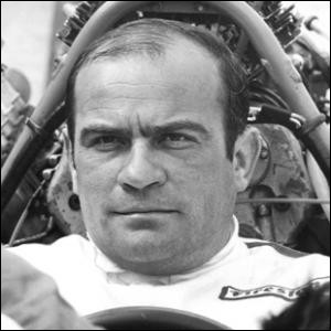 Pilote puis constructeur automobile, il a fondé son écurie de course et disputé les épreuves d'endurance et de Formule 1 pendant les années 1970 à 1990. C'est ... Ligier.