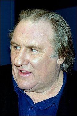 L'acteur Gérard Depardieu est né en...