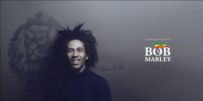 À quel mouvement spirituel le reggae est-il souvent associé ?