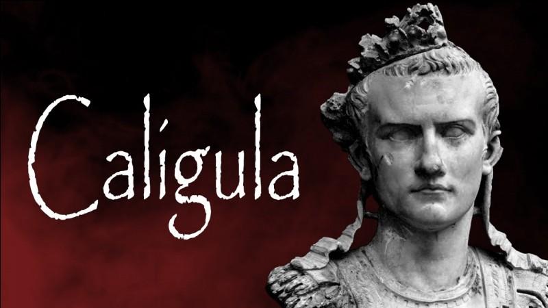 """À quel dramaturge doit-on la pièce de théâtre """"Caligula"""" ?"""