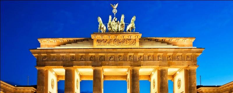 Quel homme politique a déclaré en 1963 qu'il était berlinois ?