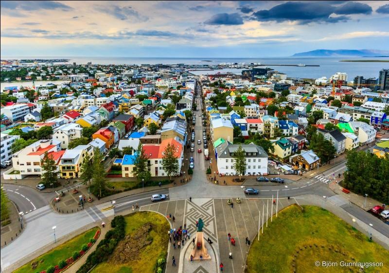 Reykjavik est la capitale de quel pays ?
