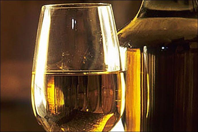 De quel vignoble le vin Jaune est-il issu ?