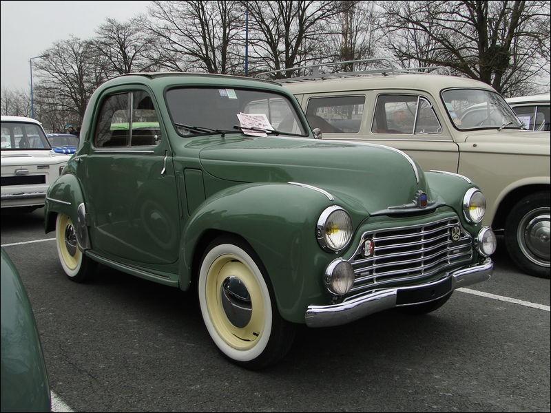Cette société industrielle de mécanique et carrosserie fabriquait des automobiles ! Mais quelle en est la marque ?