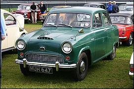 Cette voiture ne vient pas du Texas mais d'Angleterre, de quelle marque est-elle ?