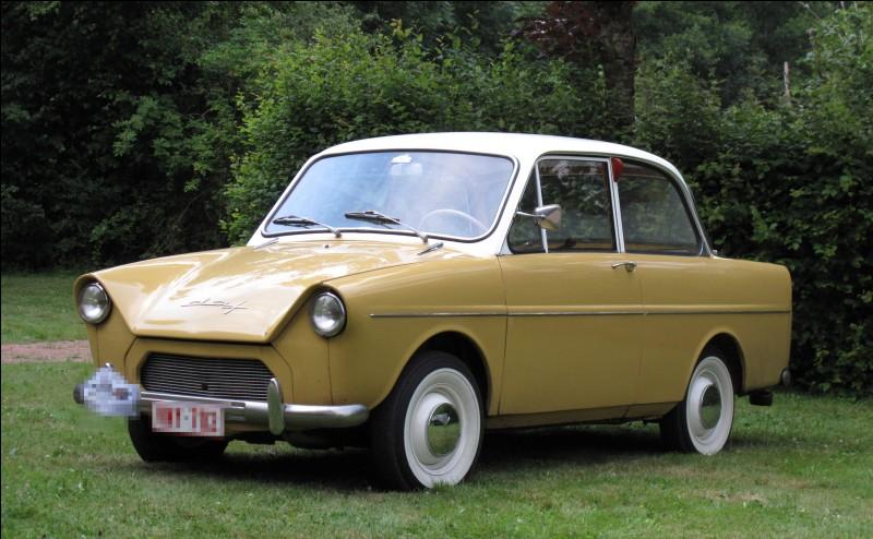 Doorne n'était pas punk mais fabriquait cette auto ! Quelle en est la marque ?