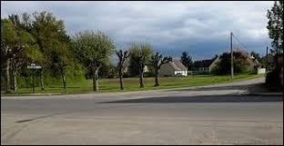 Commune du Centre-Val-de-Loire, dans la région agricole du Gâtinais riche, Juranville se situe dans le département ...