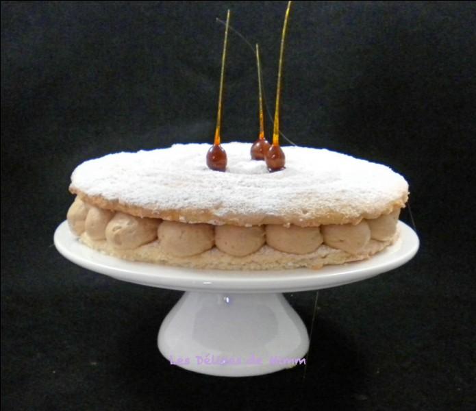 Quelle est la base de ce gâteau, célèbre création de Gaston Lenôtre ?
