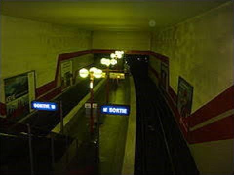 Le 25 avril 1985 ouvre sur la ligne 5 la station ''Bobigny-Pantin-Raymond Queneau'', située dans le quartier du Petit-Pantin.Né au Havre en 1903, et mort à Paris en 1976, Raymond Queneau est un romancier, poète et dramaturge, élu membre de l'académie Goncourt en 1951. En 1960, son roman ''Zazie dans le métro'', paru en 1959, est adapté au cinéma. De ces trois réalisateurs, lequel réalisa ce film?
