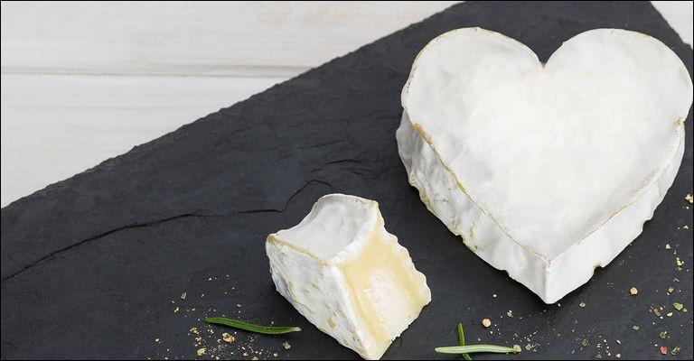 Quel est le nom de ce fromage en forme de coeur ?