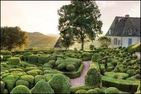 Dans quelle région peut-on admirer les jardins de Marqueyssac ?