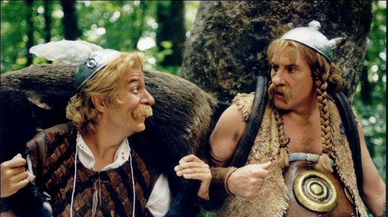 """Dans combien de films de la saga """"Astérix & Obélix"""" Christian Clavier a-t-il joué le rôle d'Astérix ?"""