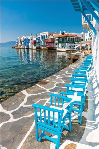 Destination de rêve, voici Myconos, dans quelle mer se situe cette île ?