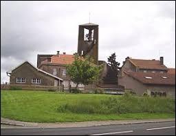Je vous propose de partir dans le Grand-Est, à Moyenvic. Village du parc naturel régional de Lorraine, dans le Saulnois, il se situe dans le département ...