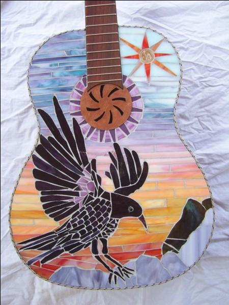 """Complétez """"L'Aigle noir"""" de Barbara : Près de moi, dans un bruissement d'ailes, comme tombé du ciel, l'oiseau vint se poser. Il avait les yeux couleur...."""""""