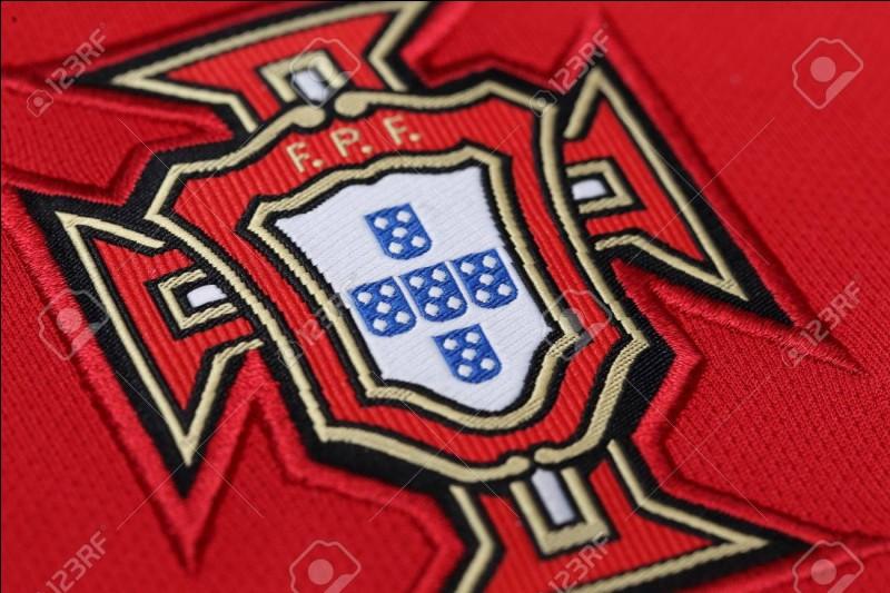 Quel est le second gardien de but du Portugal ?