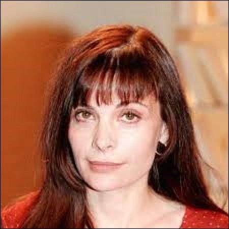 Je m'arrête pour deux questions sur l'actrice Marie Trintignant. Née le 21 janvier 1962 à Boulogne-Billancourt, elle accumula les César durant sa carrière : Trois pour la meilleure actrice dans un second rôle pour ''Une affaire de femmes'' en 1989, ''Les Marmottes'' en 1994, et ''Le Cousin'' en 1998. Elle reçut également deux César de la meilleure actrice. Pour quels films ?
