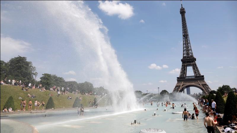 En France, le taux de natalité est supérieur au taux de mortalité.