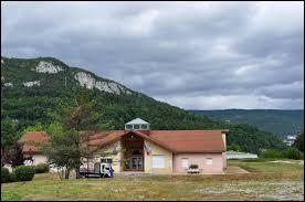 Nous terminons dans le Jura, à Villard-Saint-Sauveur. Nous sommes dans l'ancienne région ...