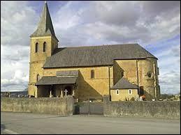 Vous avez sur cette image l'église Saint-Pierre de Simacourbe. Commune des Pyrénées-Atlantiques, elle se situe dans l'ancienne région ...