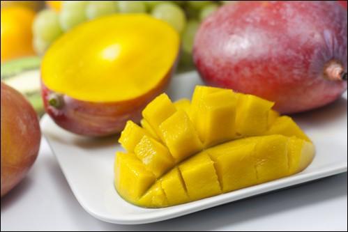 On commence doucement avec un fruit tropical charnu et rafraîchissant !