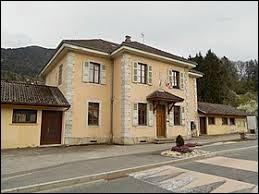 Ancienne commune Haut-Savoyarde, Aviernoz se situe en région ...
