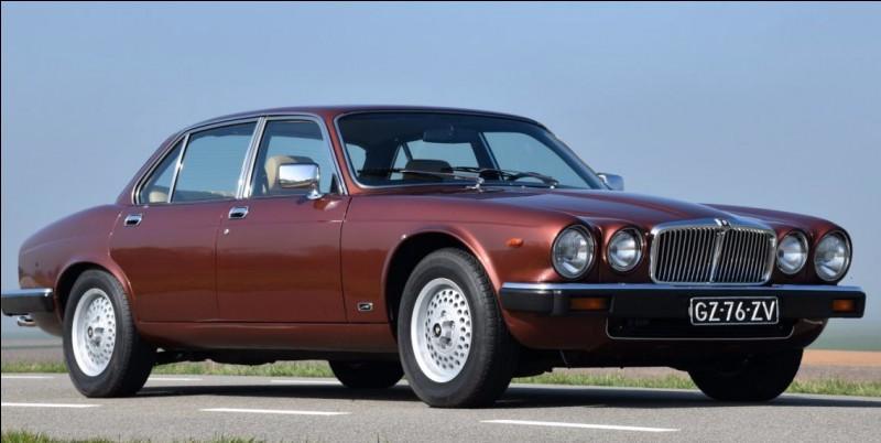 Quelle est cette Jaguar XJ 6 ?