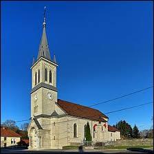 Notre balade dominicale commence en Bourgogne-Franche-Comté, à Chamesey. Village de l'arrondissement de Pontarlier, il se situe dans le département ...
