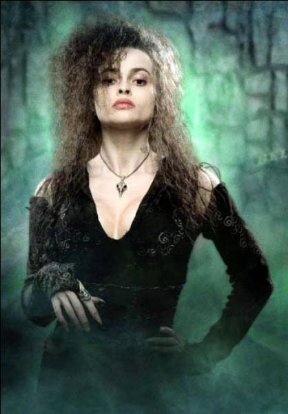 """De qui la Mangemort Bellatrix Lestrange,"""" la plus loyale des serviteurs du Seigneur des Ténèbres"""" est-elle la cousine ?"""