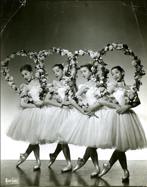 En quelle année les ballets russes ont-ils été créés ?
