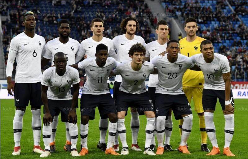 Quel ancien international français évolue aujourd'hui sous les couleurs du Gym ?