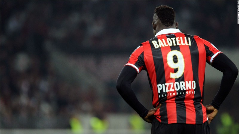 Combien de buts a marqués Mario Balotelli pendant la mi saison ?
