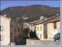 Village Bas-Alpin, La Mure-Argens se situe en région ...