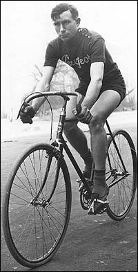 Ce coureur belge s'impose en 1919 puis en 1922. C'est ...