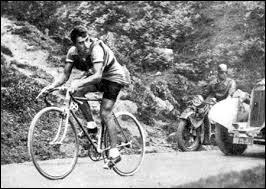 Ce coureur français, connu pour le sérieux et la rigueur de sa préparation, son respect des règles, a remporté le Tour de France en 1931 puis en 1934. C'est ...