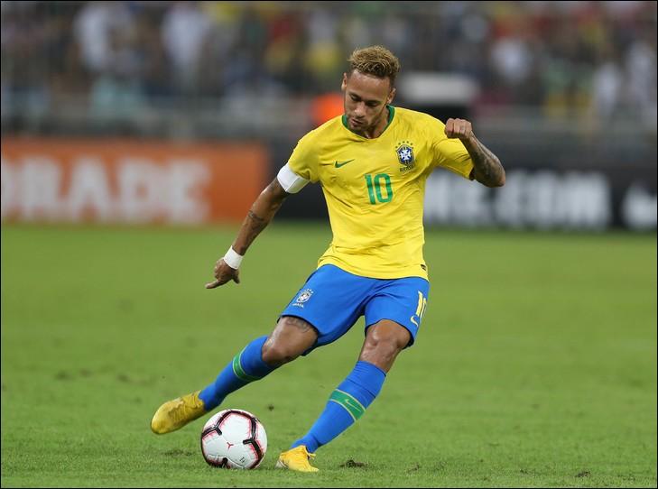 Où jouait Neymar avant de rejoindre le Barça ?