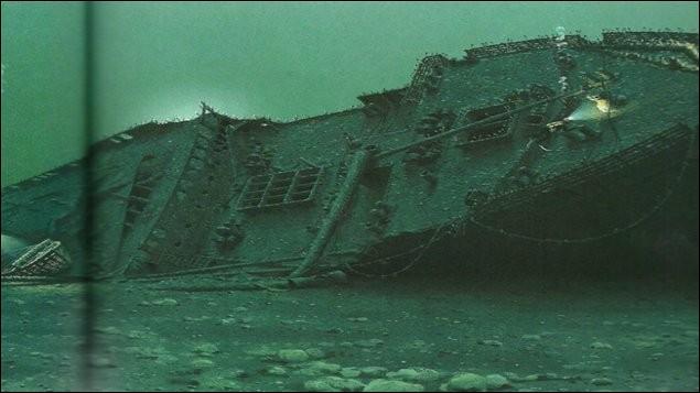 Il y a 100 ans, ce navire sombrait au large de Saint-Luce : c'était un grand paquebot, qui assurait sa 192e liaison entre Québec et Liverpool. Il a coulé en 14 minutes seulement, dans les eaux glacées : le charbonnier norvégien Storstad, plein à capacité, surgissant du brouillard, l'a frappé et s'est retiré (1012 victimes).Quel est ce navire dont l'exploration a déjà couté la vie à 6 plongeurs ?