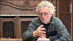 Adepte du cinéma-vérité, le réalisateur liégeois Manu Bonmariage est le père spirituel d'une émission documentaire bien connue en Belgique et en France, laquelle ?