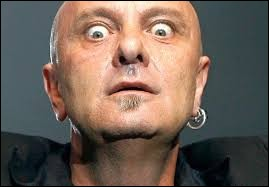 De quel groupe de rock progressif belge le regretté Mario Guccio a-t-il été le chanteur pendant plus de 40 ans ?