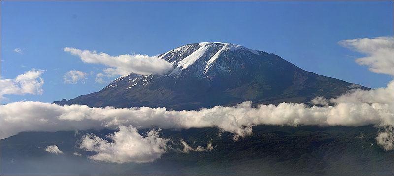 Dans quel pays peut-on voir le Kilimanjaro ?
