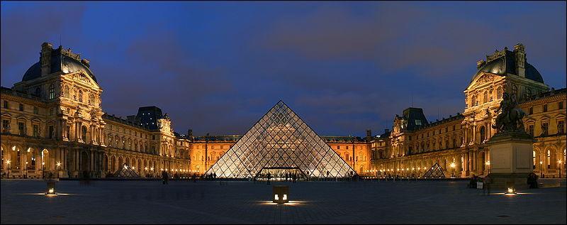 Dans quel pays peut-on voir le musée du Louvre ?
