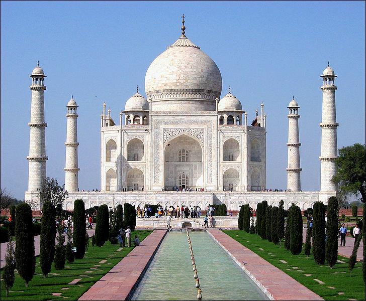 Dans quel pays peut-on voir le Taj Mahal ?
